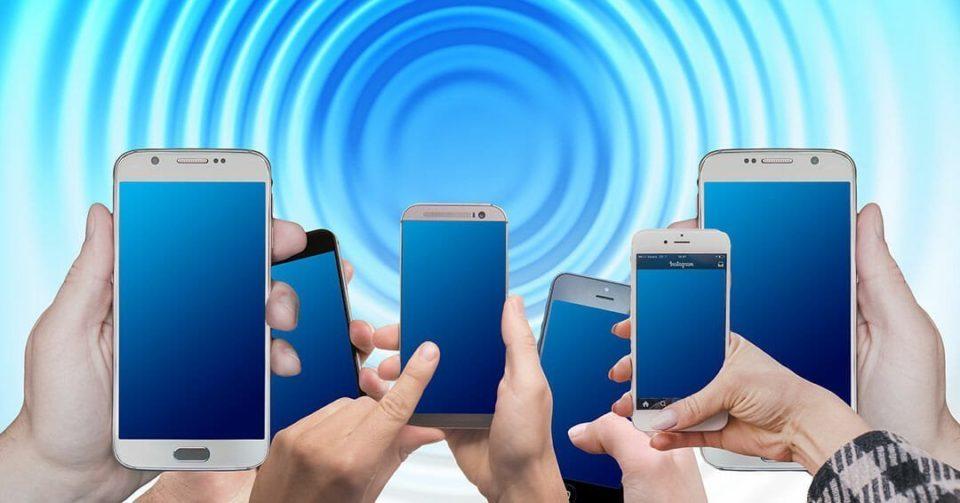Smartphone Cost