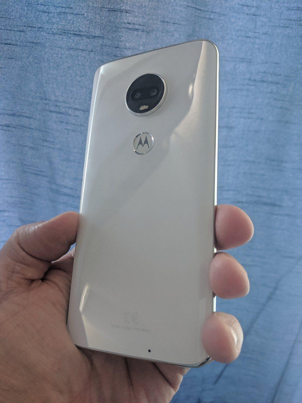 Best budget smartphone 2019 - Moto G7 1