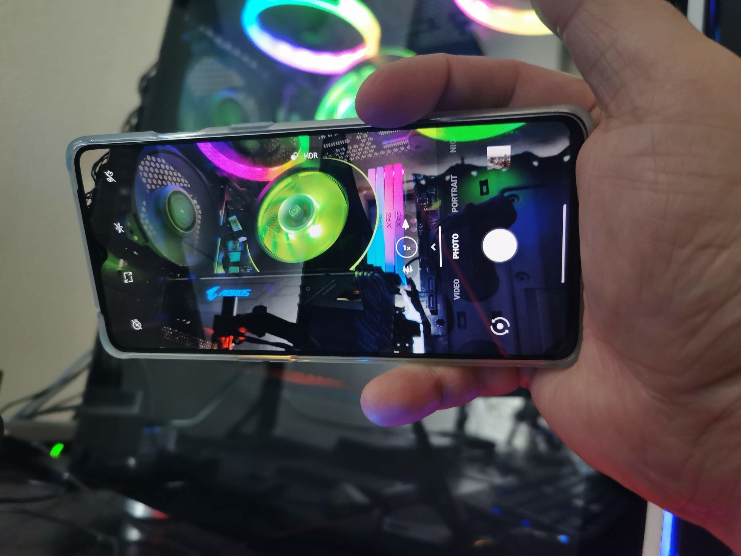 OnePlus 7T Triple Camera
