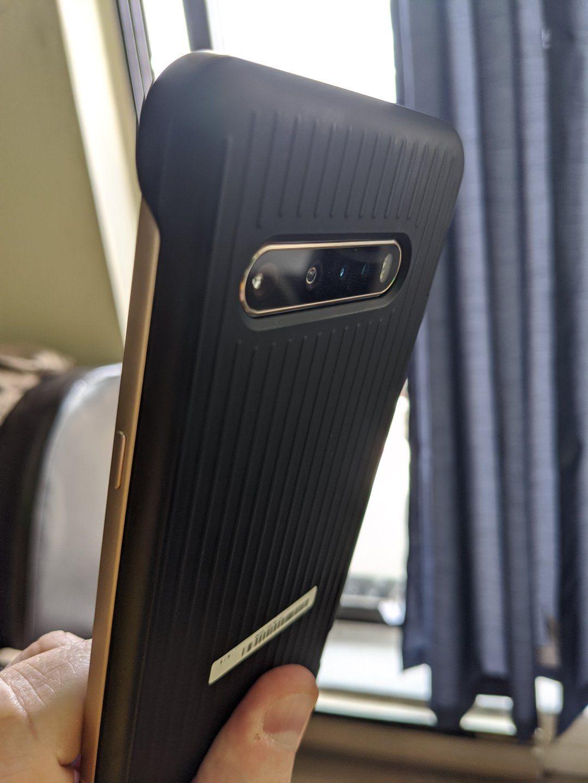 LG V60 ThinQ 5G Dual-Screen_device_4