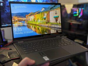 Lenovo IdeaPad Flex 5 Canada Pic 3