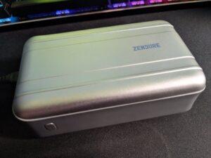 SuperTank Pro Zendure Portable Charger Power Bank review pic 02