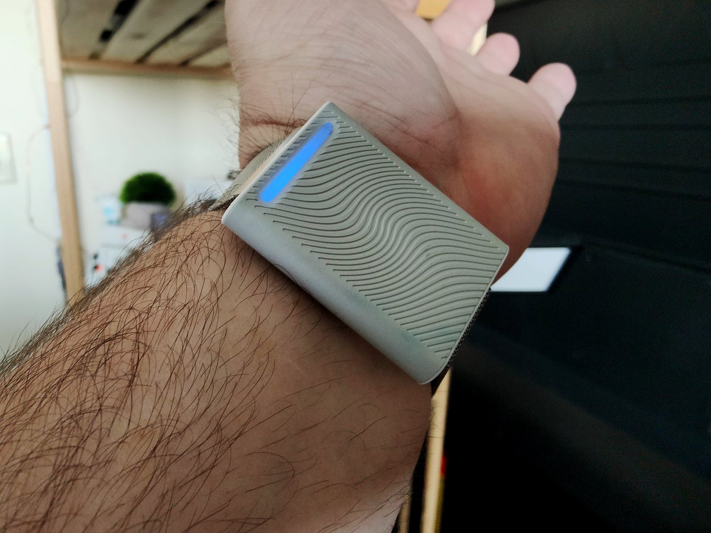 Embr Wave Wearable review picture 1